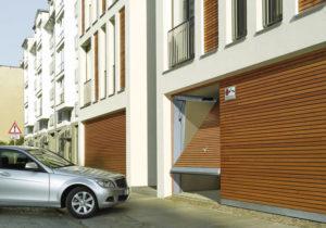 Puerta de garaje privado